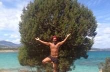 Due-alberi-in-Sardegna-