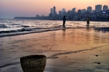 spiaggia e cesto