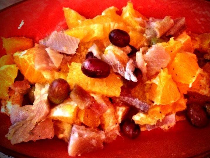 Insalata di arance e aringa affumicata